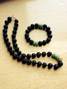 Set: jade + black lava stone.  balmes.roxana@gmail.com
