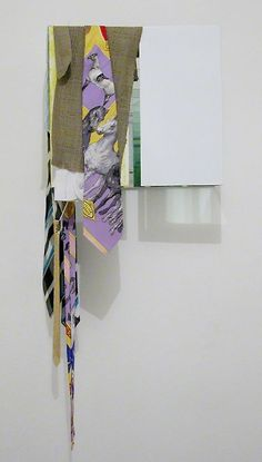 Rosemarie Trockel, bashta hondo stofklock madai zutto, 2008Steel lacquered, mirrow, polyester35 x 39 x 17,5 cm
