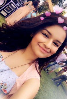 My cutie...~rishita.surve Follow Me Rishita Surve•̀.̫•́✧ Indian Teen, Indian Girls, Girls Are Awesome, Cute Girls, Teen Celebrities, Celebs, Teen Beauty, Prettiest Actresses, Dressing Sense
