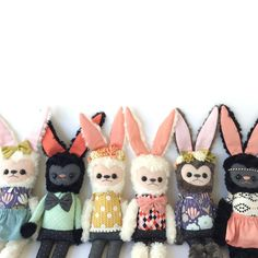 bunnies! :: by Friends of Hadley ( friendsofhadley.com ) Softies, Plushies, Natural Toys, Bunny Plush, Hadley, Cute Images, Cute Art, Cuddling, Dolls