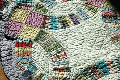 Q & A: Caring for Old Quilts & Textiles - Quiltville's Quips & Snips!!: