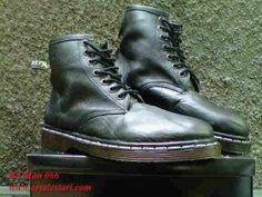 Sepatu Boots Pria Docmart