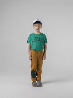 Bobo Choses Green Short Sleeve Cosmos T-Shirt - Trouva : Bobo Choses-T-Shirt Cosmos verde a manica corta 13 Year Old Boys, Loose Shorts, Young Ones, Workout Shorts, Organic Cotton, Kids Fashion, Short Sleeves, Baby, Casual