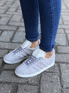 new arrival 89894 f0e00 SpringSummer 2018 Collection Womens Adidas Gazelle Stitch and Turn
