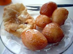 Ingredients: For Pastry: 2 cups of hard flour (see Types of Flours) 2 cups of soft flour a cup of corn oil a tsp of salt 1 cup of warm water or as much as needed For the Filling: 1 cup of semolina 1 cup of sugar 6 cups of water […] Greek Sweets, Greek Desserts, Greek Recipes, Cyprus Food, Semolina Cake, Snack Recipes, Cooking Recipes, Greek Dishes, Breakfast Snacks