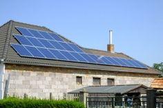 Elfelejthetik a rezsi számlát! Te is nyerj áramot a Napból. Solar Panels, Outdoor Decor, Home Decor, Homemade Home Decor, Sun Panels, Roof Solar Panels, Interior Design, Home Interiors, Decoration Home