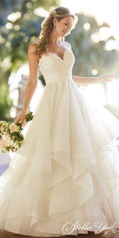 White Bridal Dresses, 2015 Wedding Dresses, Designer Wedding Dresses, Bridal Gowns, Gown Wedding, Wedding Blog, Layered Wedding Dresses, Lace Wedding, White Dress