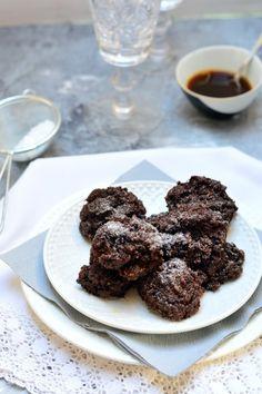 Kakaós-mandulás sütemény recept - Kifőztük, online gasztromagazin Paleo, Cookies, Chocolate, Food, Crack Crackers, Biscuits, Meal, Cookie Recipes, Schokolade