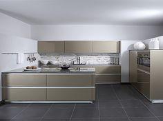 German kitchen brand Zeyko showing how units can be yused in open ... | {Zeyko 25}