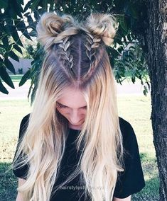 33 coole Zöpfe Festival Frisuren - Hair,Beauty and Clothing - Pretty Hairstyles, Easy Hairstyles, Amazing Hairstyles, Hairstyle Ideas, Hairstyles Tumblr, 2 Buns Hairstyle, Pageant Hairstyles, Latest Hairstyles, Half Braided Hairstyles