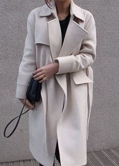 Minimal | Chic | Classic Coat | Layers | Street Style | Neutrals | Harper and Harley