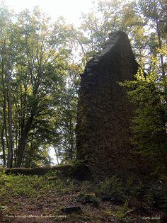 Zum heiligen Bühl, Kapellenruine in der Nähe von Engelhardsberg, Fränkische Schweiz, Bayern, Deutschland