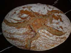 Chlieb z pekáča • recept • bonvivani.sk Food And Drink, Bread, Homemade, Cooking, Cuisine, Kochen, Home Made, Hand Made, Buns