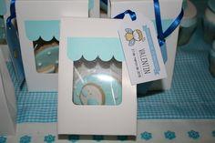 Cookies decoradas para obsequiar a los invitados como souvenir!
