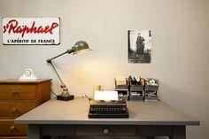 #sfeer #desk #lamp #typemachine #typewriter #home #interior #inrichting #woning #woningfotografie #interiorphotography #zien