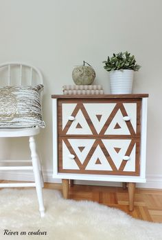Renovate a bedside table with mineral fusion paint, before and after pictures