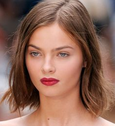 short choppy bob. chobby bob. summer haircut 2015. Focus sur la nouvelle coupe culte : le Karlie ! - Cosmopolitan.fr