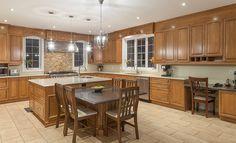 Les Cuisines Linda Goulet / Ventes et installations d'armoires de cuisines