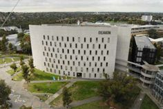 AUSTRALIA Deakin University - Melbourne Burwood Campus Deakin is a multi-award winning university with an international focus. It is young and innovative, offering excellent facilities and flexible learning.  http://www.deakin.edu.au/