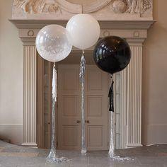 Новинка этого сезона, большие воздушные шары! Их можно использовать как для украшения зала, так и для шикарной фотосессии! Заказывайте на нашем сайте или по тел: 8(495)-776-21-88