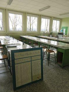 Une autre salle de sciences