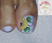 46 ideas manicure francesa em bico for 2019 Flower Nail Designs, Pedicure Designs, Pedicure Nail Art, Diy Manicure, Toe Nail Art, Nail Art Designs, New Nail Art Design, Pretty Toe Nails, Glitter French Manicure