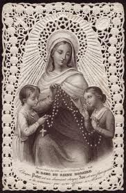 Our Lady of the Holy Rosary Each 'Our Father' is a diamond, each 'Hail Mary' a flower added to the crown we offer to Our Lady. Catholic All Year, Catholic Prayers, Catholic Art, Catholic Saints, Roman Catholic, Religious Pictures, Religious Icons, Religious Art, Blessed Mother Mary