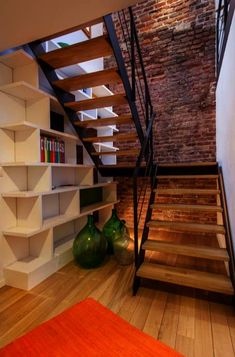 If you have a staircase at home that creates an unused area directly below, we bring - interior design DIY If you have stairs at home that have an unused area directly underneath . Fabian Bock bockfabian treppe If you have a staircase at home tha Metal Barn Homes, Metal Building Homes, Pole Barn Homes, Building A House, Open Stairs, Metal Stairs, Entryway Stairs, Hallway Closet, Closet Office