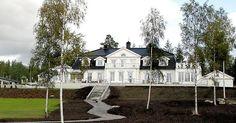 Jensby herregård utenfor Kongsvinger Villas, Norway, Cabin, Mansions, House Styles, Manor Houses, Cabins, Villa