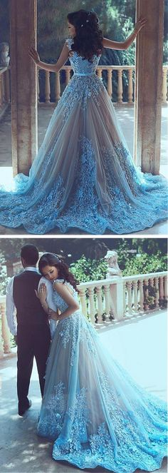 Feel like the Queen with this fantastical Frozen Wedding Dress.  Frozen Wedding Theme Dress Fantastical Weddings Dresses fantasticalweddings.com Gorgeous Tulle Sweetheart Neckline A-Line Formal Dresses With 3D Flowers | dressilyme.com