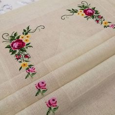 1 million+ Stunning Free Images to Use Anywhere Embroidery Fashion, Embroidery Hoop Art, Crewel Embroidery, Floral Embroidery, Monogram Cross Stitch, Cross Stitch Rose, Free To Use Images, Modern Cross Stitch Patterns, Baby Knitting Patterns