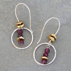 (http://www.elizabethplumbjewelry.com/garnet-and-sterling-circle-earrings/)