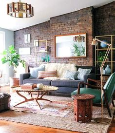 """You will allow big ideas to emerge from small spaces.     Alan Wanzenberg, Architect: """"Small houses are usually the ones with the big ideas."""""""