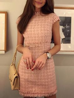 Solides Mini-Tweed-Kleid mit Fransen (S / M / L / XL) USD - Never go out of STYLE You are in the right place about autumn outfits women casual Here we offer you the most Fashion Moda, Boho Fashion, Fashion Outfits, City Fashion, Fashion Spring, Fashion 2017, Fashion Trends, Feminine Fashion, Classy Womens Fashion