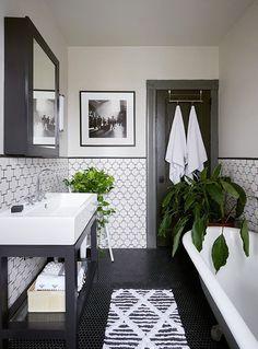Modern Farmhouse Master Bath Renovation – Obsessed with our vanity spaces! Modern Farmhouse Master Bath Renovation – Obsessed with our vanity spaces! Bathroom Renos, Bathroom Storage, Bathroom Remodeling, Bathroom Layout, Bathroom Basin, Bathroom Organization, Bathroom Cabinets, Remodeling Ideas, Bathroom Mirrors