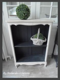 45 Ideas Diy Table Console Buffet For 2019 Redo Furniture, Painted Furniture, Bedroom Organization Diy, Diy Furniture Sofa, Paint Colors For Living Room, Upcycled Furniture, Furniture Rehab, Home Diy, Furniture Makeover