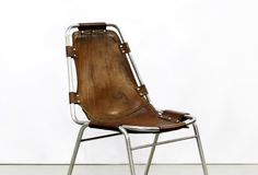 Vintage leren Charlotte Perriand stoel, Vintage leather chair www.vanons.eu