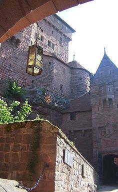ARCHITECTURE – another great example of beautiful design. Medieval castle