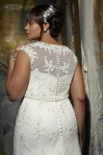 Plus size wedding dress Plus size wedding dresses Plus Size Brides, Plus Size Wedding Gowns, Plus Size Gowns, Bridal Wedding Dresses, Wedding Dress Styles, Bridal Alterations, Mori Lee Bridal, Mori Lee Dresses, Sweetheart Dress