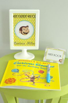 Love the idea of the guest book! Curious George Birthday {Book Party} - Spaceships and Laser Beams Monkey Birthday Parties, Birthday Book, Birthday Fun, Birthday Party Themes, Birthday Wishes, Birthday Ideas, Birthday Cakes, Curious George Party, Curious George Birthday
