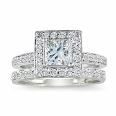 Someday in the far future the right guy will know to put this gorgeous sparkler on my finger!