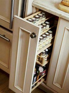 Organization & Storage Tips Pantry Pullout- good way to utilize a small cabinet space! Pantry Pullout- good way to utilize a small cabinet space! Clever Kitchen Storage, Kitchen Storage Solutions, Kitchen Drawers, Kitchen Cabinetry, Diy Cabinets, Storage Cabinets For Kitchen, Clean Cabinets, Clever Kitchen Ideas, Kitchen Cupboard Organization