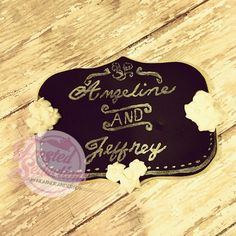 Chalkboard wedding cookie #frostedseductions