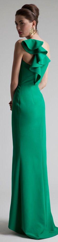 Auffallend! Robe in kaltem Mittelgrün (Farbpassnummer 31) Kerstin Tomancok / Farb-, Typ-, Stil & Imageberatung