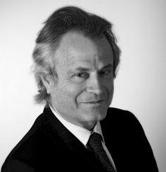 Franz-Olivier GIESBERT, Editorialiste au Point, Ecrivain, France, Economic Ideas 2013, 2014, EcoRévolutions 2015. Journaliste, animateur de télévision, de radio et romancier franco-américain, FOG intègre la rédaction du Nouvel Observateur au service politique à la fin de ses études de journalisme. En 2000, année où il décide d'intégrer le Point. Il en devient le directeur jusqu'en 2013.