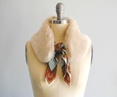 Kicking off January with this versatile Faux Fur Collar. I love that I can add this to a simple coat to . Faux Fur Collar Coat, Faux Fur Vests, Fur Collars, Fur Coat, Trash To Couture, Faux Fur Accessories, Diy Fashion, Petite Fashion, Fashion 2018