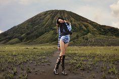 r Wonderland, fashion, photography, exhibition, indonesia, landscape, borobudur, nicoline patricia malina