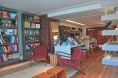 Também ganhou o prêmio Organização Nota 10 o arquiteto Gustavo Paschoalim, autor da Livraria. Mais do que vender livros e revistas, o espaço é um estímulo à leitura, com sua proposta de biblioteca.