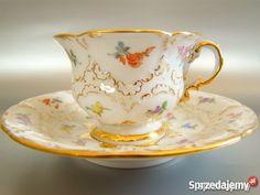 Royal tea cup design