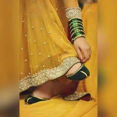 I luv yellw dress Pakistani Mehndi Dress, Bridal Mehndi Dresses, Pakistani Wedding Outfits, Pakistani Bridal, Bridal Outfits, Bridal Lehenga, Pakistani Dresses, Indian Dresses, Shadi Dresses